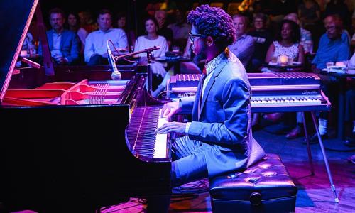 Conheça O Pianista Sean Mason - Smartencyclopedia | PT
