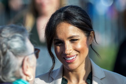 Celebs Praise Meghan Markle for Opening Up About Her Mental Health Struggle