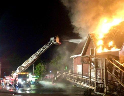 Fire engulfs Plantation restaurant in early morning blaze
