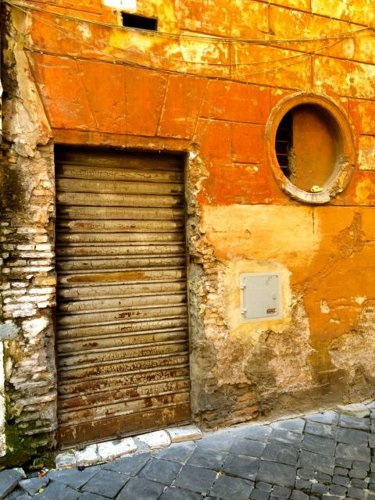 Five Reasons to Rent an Apartment in Rome, Italy