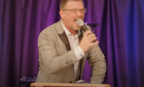 """""""My hind leg!"""" Ranting Tennessee megachurch pastor says he will forbid mask-wearing in church 