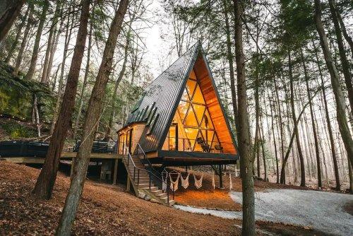 Une maison A Frame pour des vacances en forêt