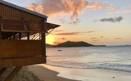 15 Unforgettable Things to do in St Maarten (& St Martin)!