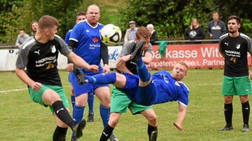 FC Ebenau II ringt dem FC Weidenhausen die ersten Punkte ab