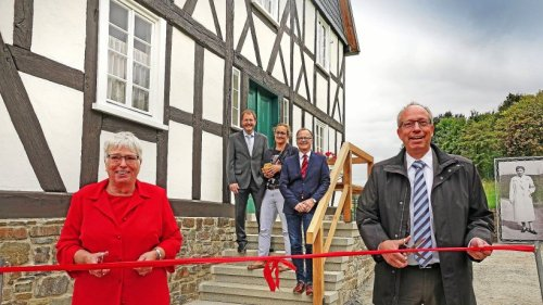 Kreuztal: Haus Stöcker im Freilichtmuseum Detmold eröffnet