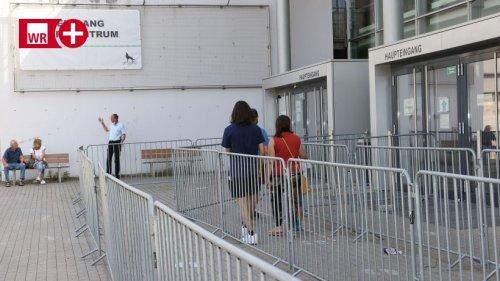 """Aus für Impfzentren: Opposition kritisiert """"falsches Signal"""""""
