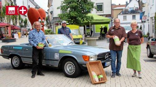 Sauerland Klassik: Attendorner Bäcker fährt im Cabriolet mit