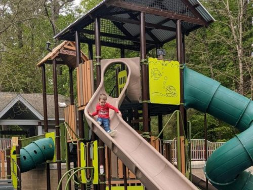 New playground opens at Blue Jay Point County Park