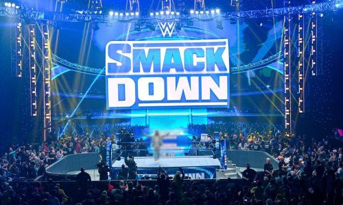 WWE star returns during SmackDown, first TV appearance since last year