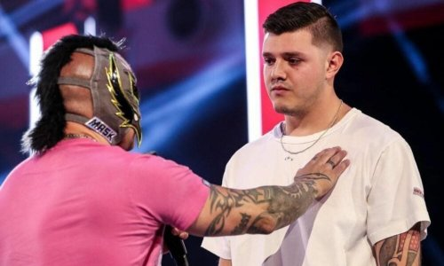 Dominik Mysterio says his WWE storyline issues with his dad Rey Mysterio are also happening in real life