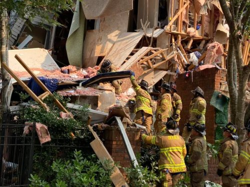 4 injured in DeKalb County apartment explosion, officials say