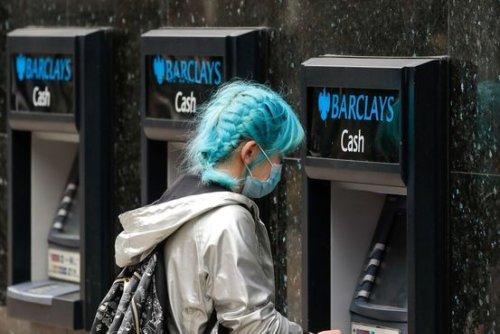 European Union Lifts Bond-Sale Ban on Banks