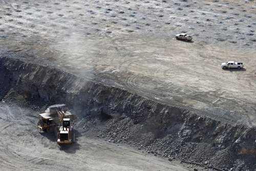 U.S. Faces Uphill Climb to Rival China's Rare-Earth Magnet Industry