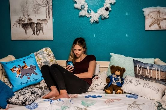 Teen Girls Are Developing Tics. Doctors Say TikTok Could Be a Factor.