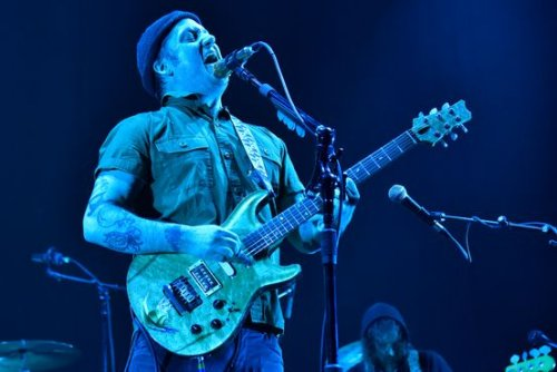 'The Golden Casket' by Modest Mouse Review: Float On Past the Noise