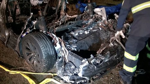 Elon Musk Says Autopilot 'Not Enabled' in Fatal Tesla Crash