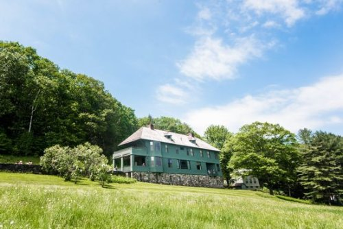 Vacation Rentals That Deliver Serenity and Fuel Creativity