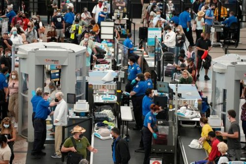 Air Travel Returned. So Did Long Lines at Security, Restaurants, Shops.