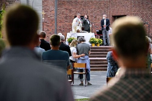 Catholic Priests in Germany Bless Gay Couples, Defying Pope