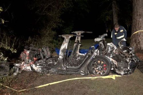Fatal Tesla Crash in Texas Believed to Be Driverless