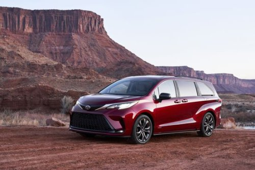 2021 Toyota Sienna: A Rare Hybrid Minivan Even a Teen Can Love