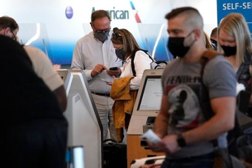 U.S. to Keep Covid-19 Travel Restrictions Due to Delta Variant, Official Says