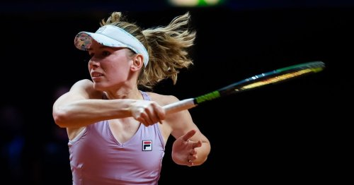 Alexandrova moves into Moscow second round after Jabeur retirement