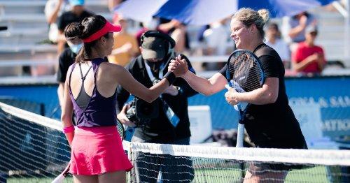 Hsieh halts Clijsters comeback, Collins advances in Chicago