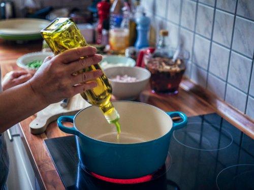 Gesündestes Öl: Die drei besten Speiseöle | Wunderweib