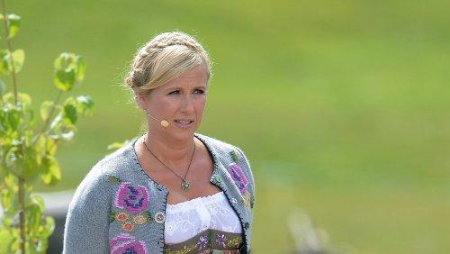 """Andrea Kiewel: Jetzt redet sie über das """"Fernsehgarten""""-Aus"""