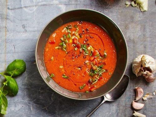 Kalte Gemüsesuppe: Leckere Rezepte für Gazpacho | Wunderweib