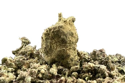 Moon Rocks Produce a Galaxy-Brain High Meant for Veteran Stoners Only. We Tried Two From a Local Dispensary.
