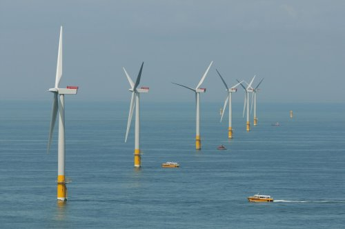 Feds Will Select Site of Wind Farm Off Oregon's Coast by Next Summer