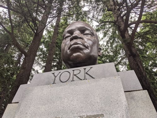 Portland Police Cite Woman for Defacing York Bust on Mount Tabor