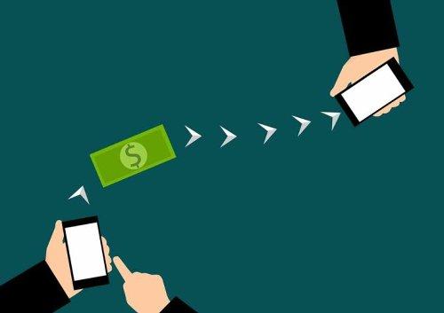 Cómo enviar dinero por Bizum desde WhatsApp o Telegram