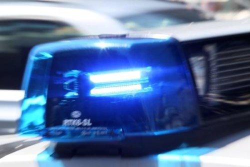 Täter auf der Flucht: Wuppertaler Polizei meldet gesprengten Geldautomat in Remscheid
