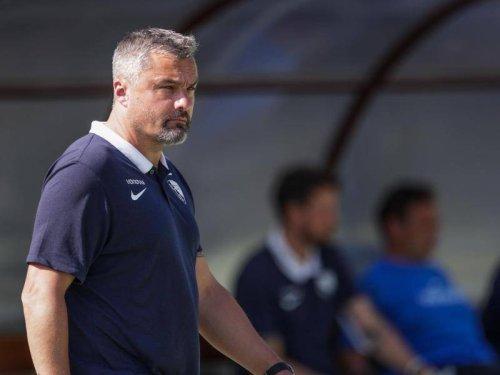 """Bundesliga: Trainer Reis verlässt VfL-Trainingslager - """"Private Gründe"""""""