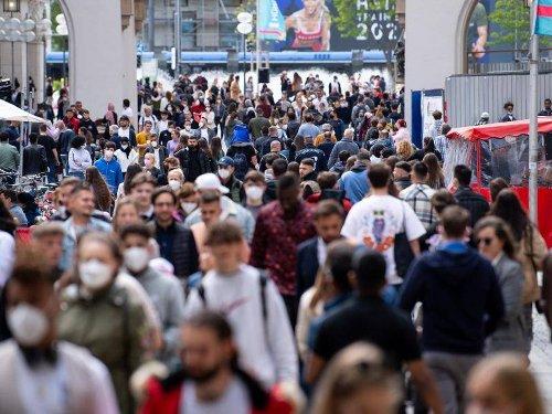 Pandemie: Delta-Variante des Coronavirus breitet sich aus
