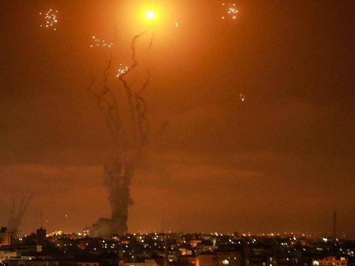 Nahost-Konflikt: Israel beschießt nach Angriffen Ziele in Gaza