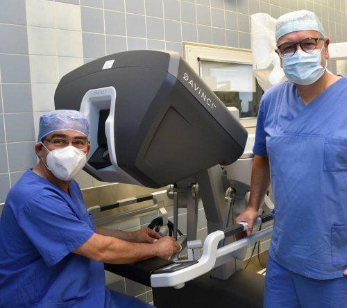 """OP-System """"da Vinci"""": Im Maria Hilf in Krefeld steht jetzt ein Roboter im OP"""