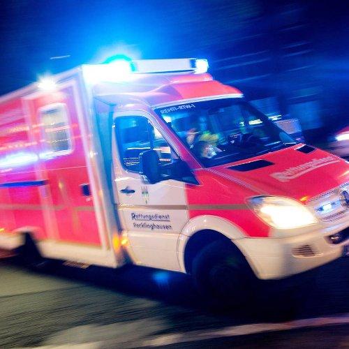 Nach Überholmanöver: Motorradfahrer aus Krefeld bei Unfall in Kempen schwer verletzt