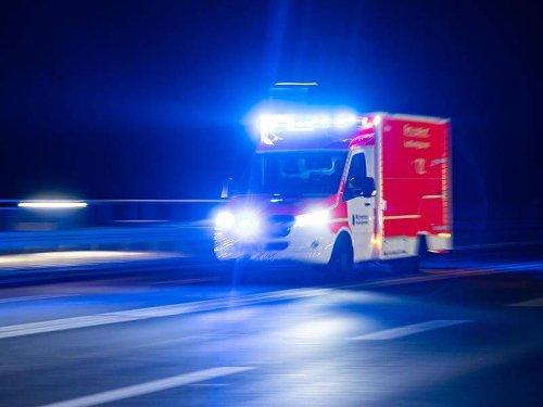 NRW: 35-Jährige bei Zusammenprall von zwei Autos schwer verletzt