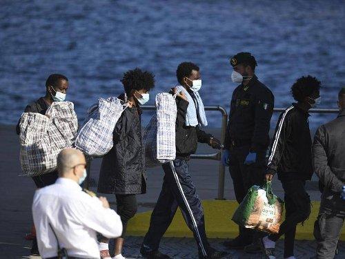 Migration: Union und SPD lehnen Hilfe für Italien bei Bootsmigranten ab