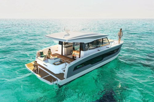 Fountaine Pajot Debuts MY4.S Powercat