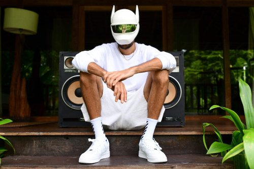 CRO hijacked Spotify Canvas für Musikvideo