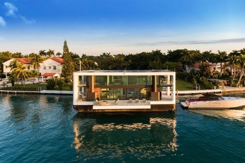 The world's first solar-powered luxury yacht is actually a floating villa worth $10.5 million! - Yanko Design
