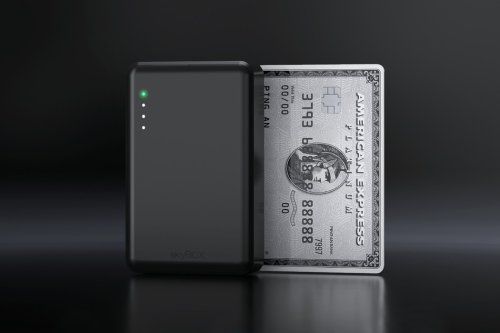 This credit card sized wireless SSD lets you carry your own cloud server in your pocket!