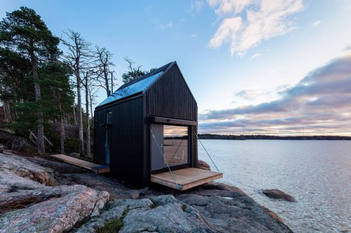 These Solar-powered Cabins + architectural designs use green energy storage system to be eco-destinations!