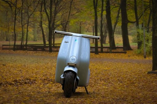 Vespa's conceptual electric scooter combines its WWII history with modern design