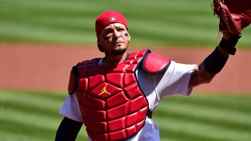Yadier Molina appears to want Albert Pujols to return to Cardinals